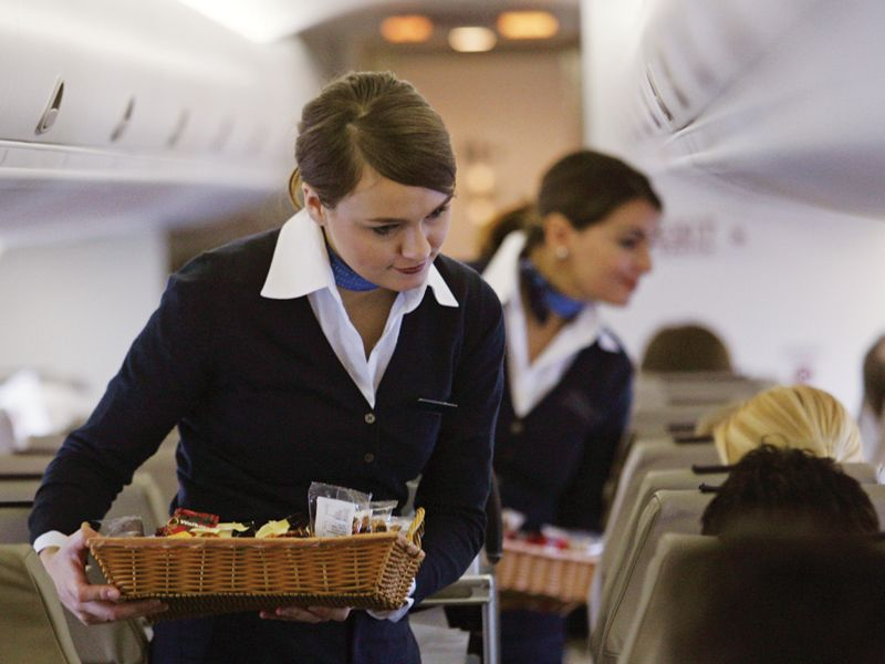6 Annoying Things Flight Attendants Hate - WeeklyGetaways.net