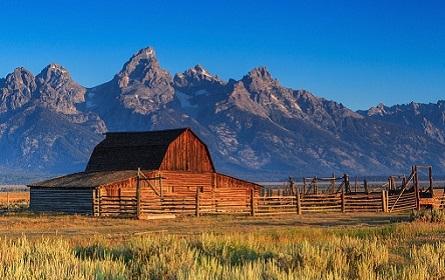 7 Best Adventure Vacations In America
