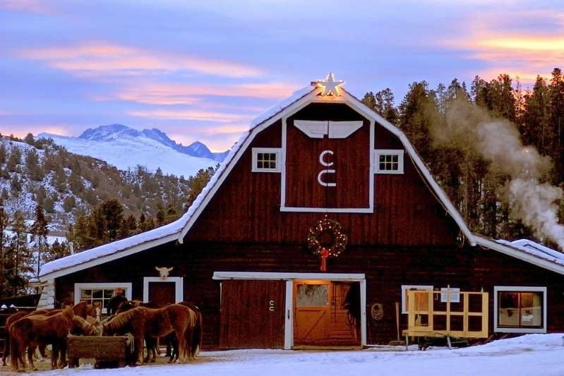 6 Dude Ranches That Make For Magical Winter Getaways