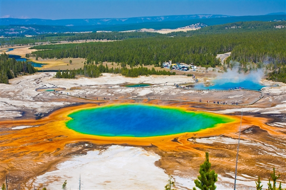 This Is Why You Should Visit Yellowstone