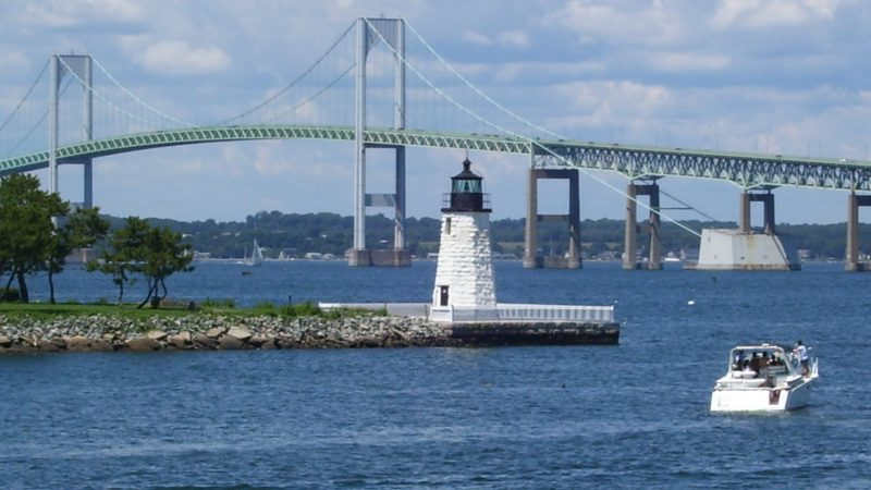 4 Beautiful Lighthouses To Visit In Rhode Island